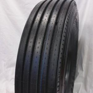 Truck Tires for Sale at Wholesale Prices 295/75R22.5 Steer Tires