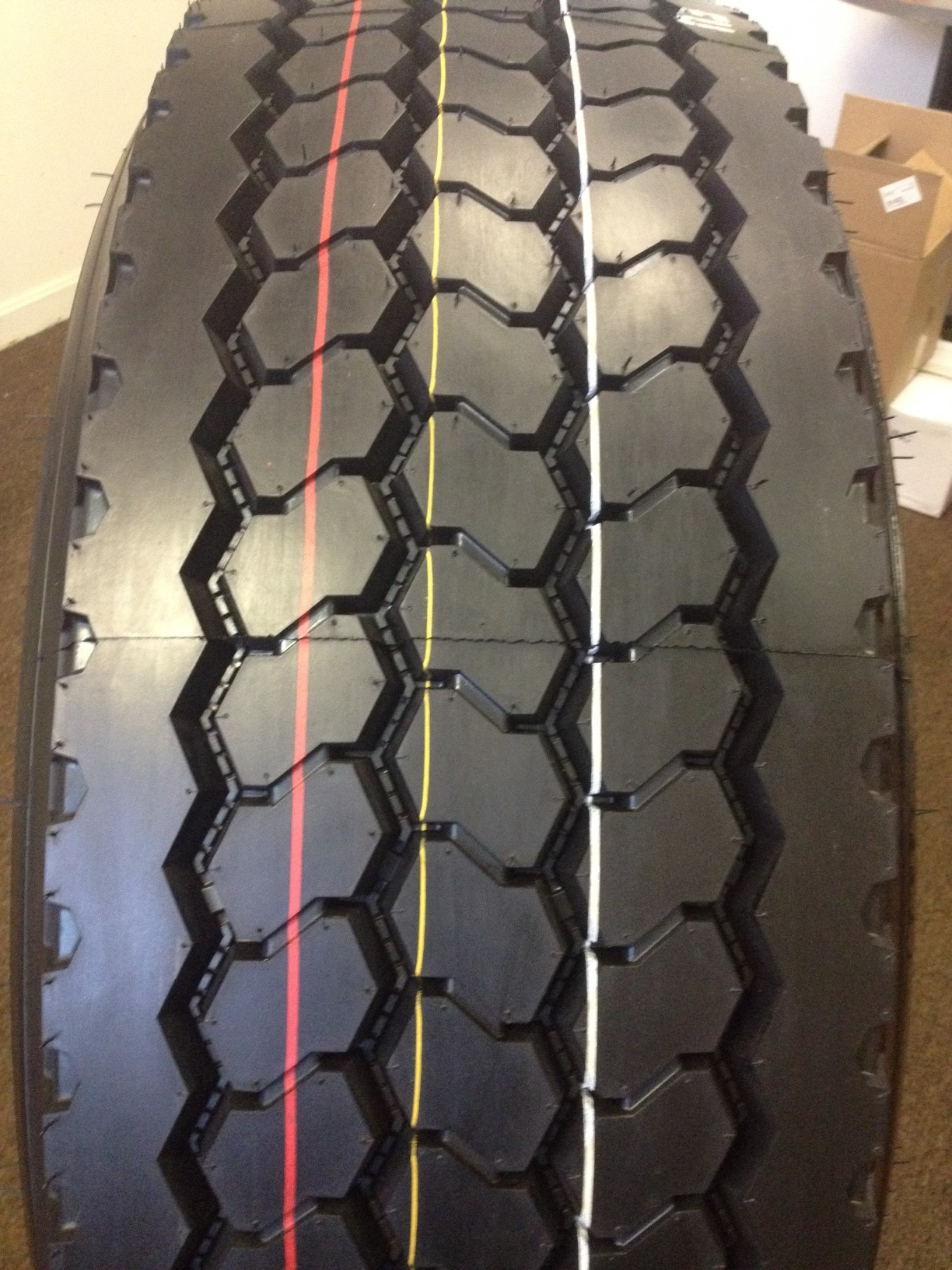 Truck Tires for Sale at Wholesale Prices 385/65R22.5