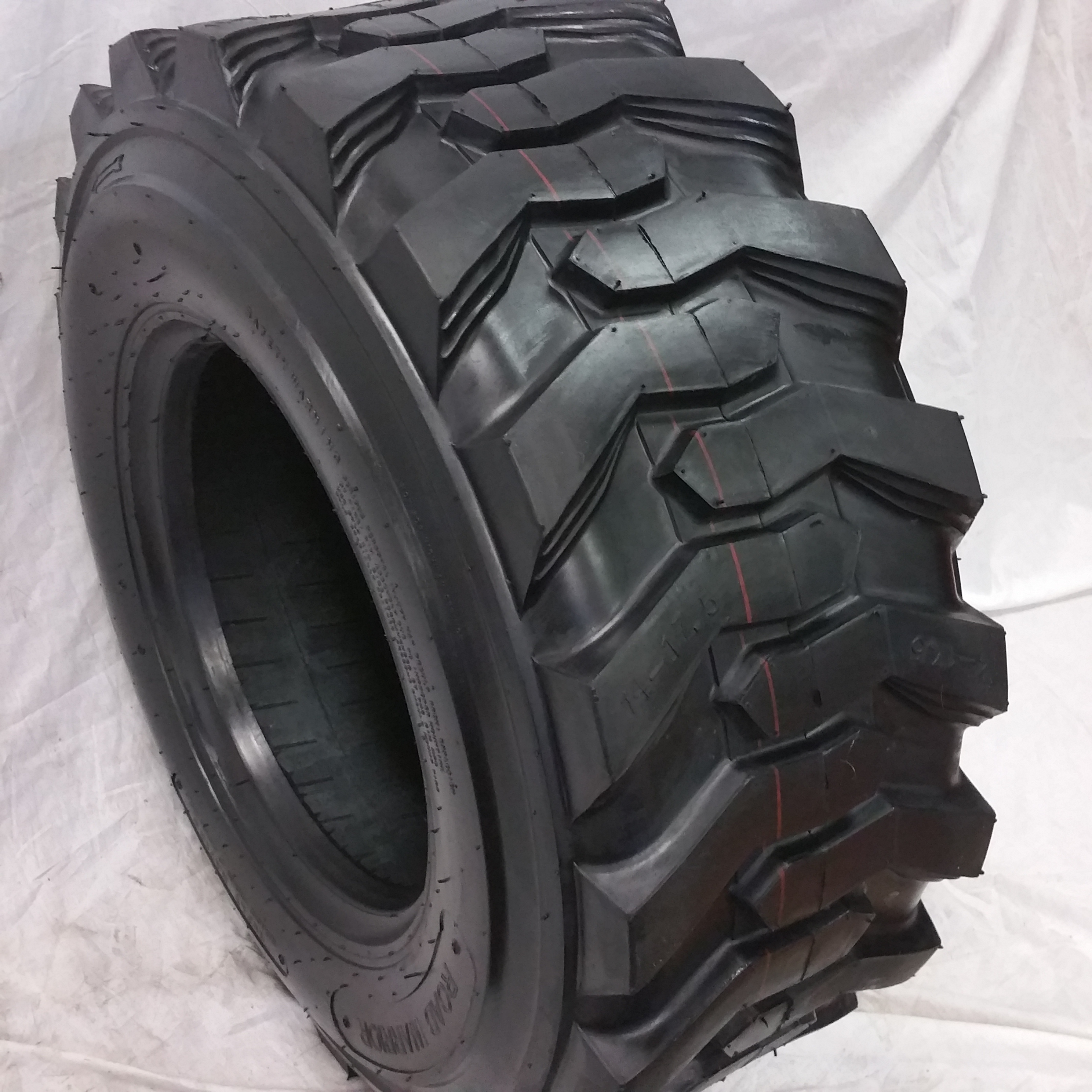 Truck Tires for Sale at Wholesale Prices 12-16.5 Skid Steer Tires 14 Ply