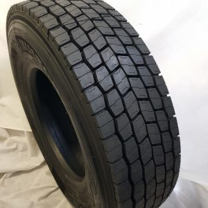 315/80R22.5 DRIVE TIRES