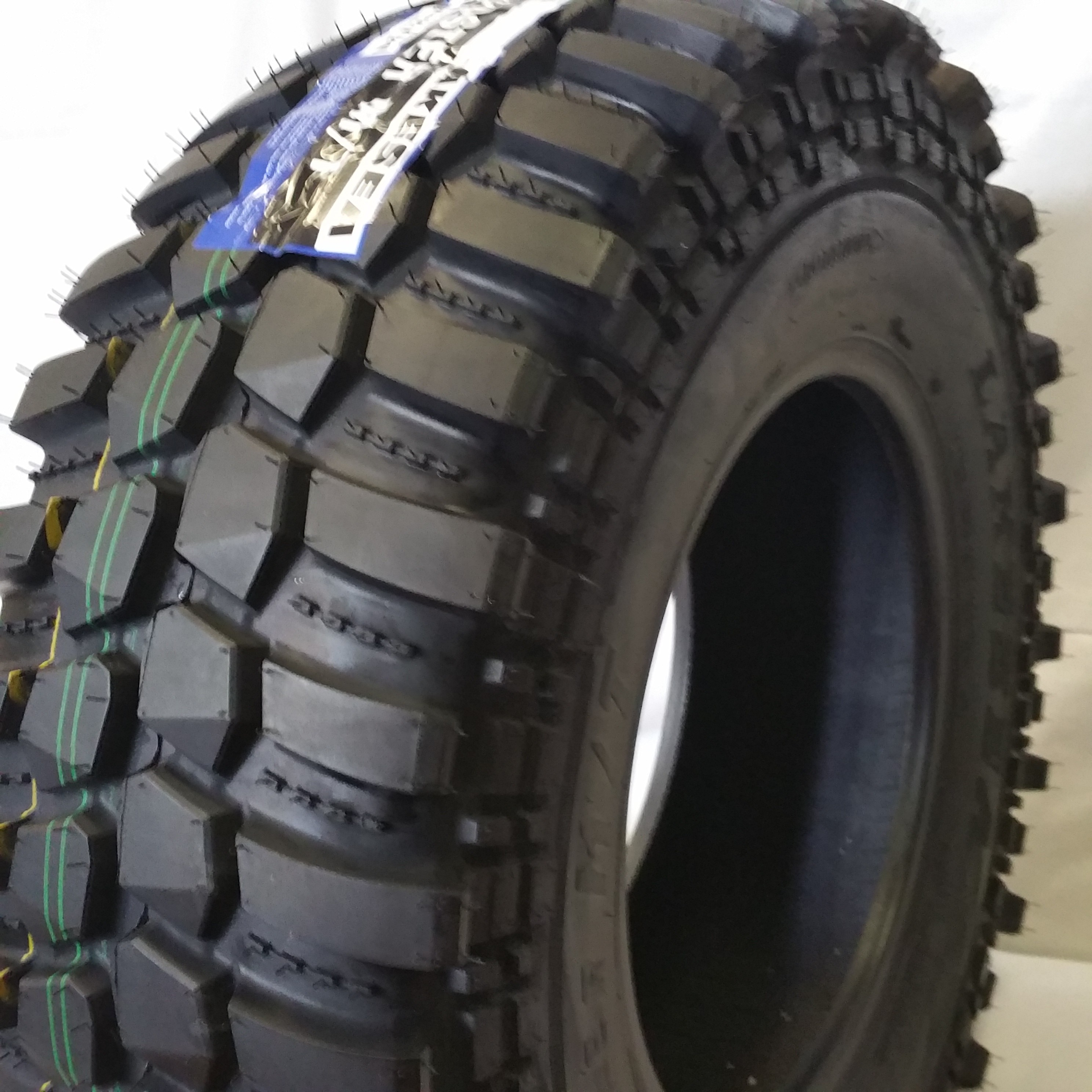 LT 31x10.50R15 Mud - Truck Tires - Tires for SUV and ...